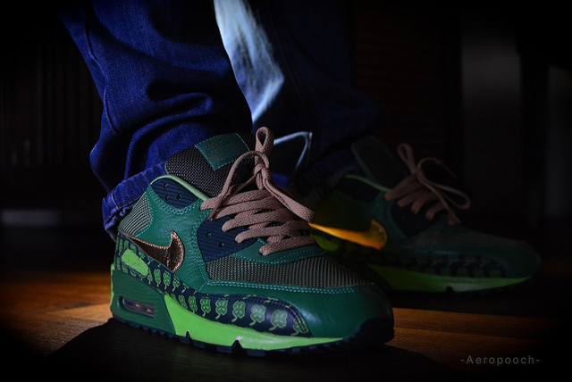best sneakers 15696 e2daf AeroPooch in the St. Pattys Day Nike Air Max 90.
