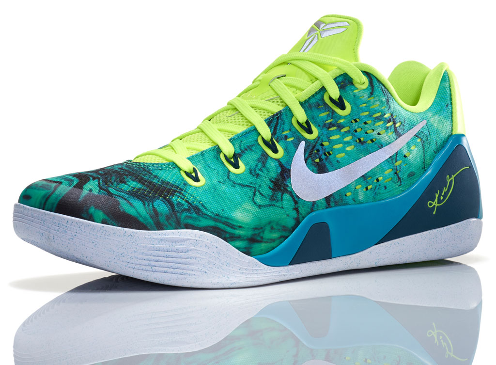6a3db6ed9cb8 Kobe Easter Edition Shoes