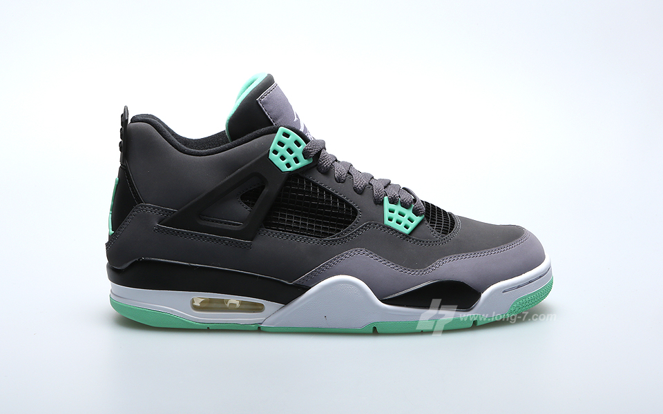 sports shoes df26e 6e6b0 Air Jordan 4 Retro - Green Glow
