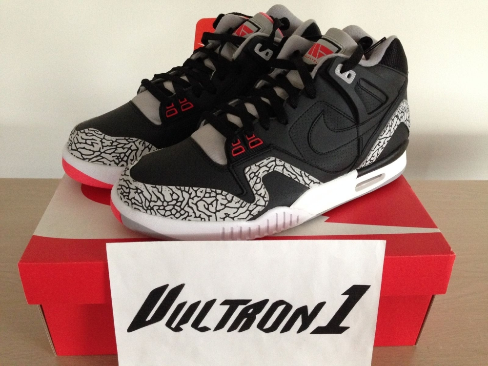 newest bc22e 7061d Andre Agassi Ordered Customs On His Own Signature Sneaker