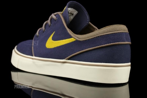 the best attitude 31412 042be This latest look for the SB Stefan Janoski is expected to release soon at  authorized Nike SB accounts.