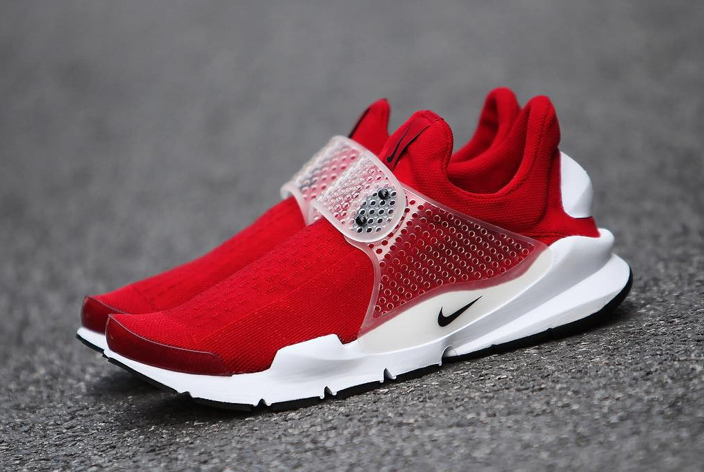 Red Nike Sock Darts Release Next