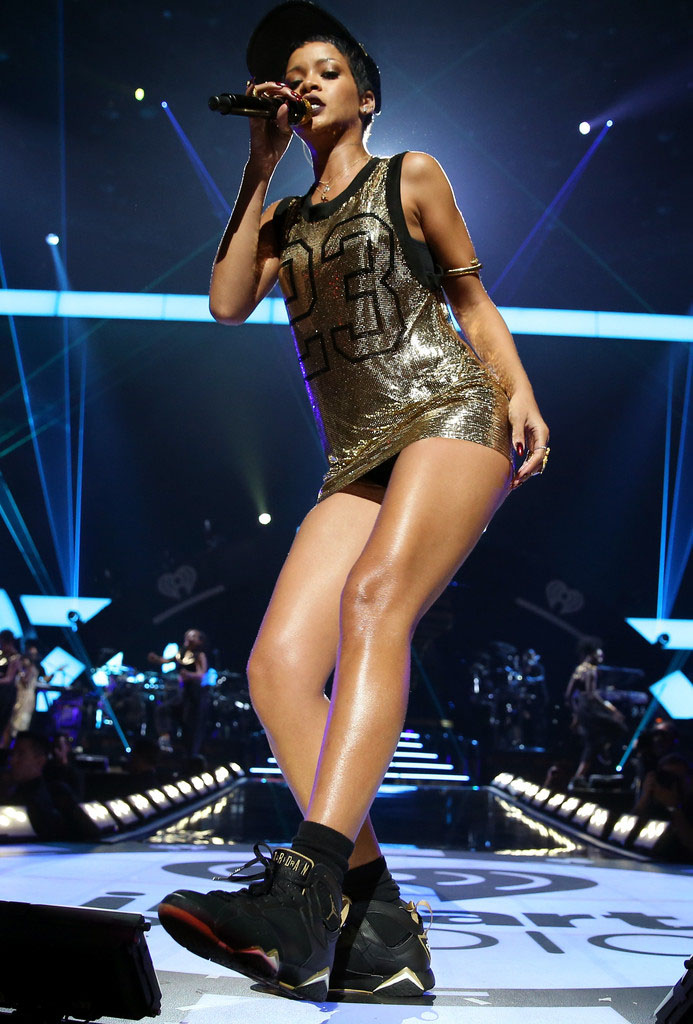 Rihanna wearing Air Jordan VII 7 Golden Moments GMP (6)
