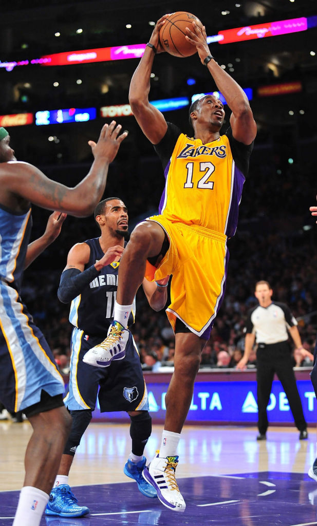 Dwight Howard wearing adidas D Howard Light Lakers PE