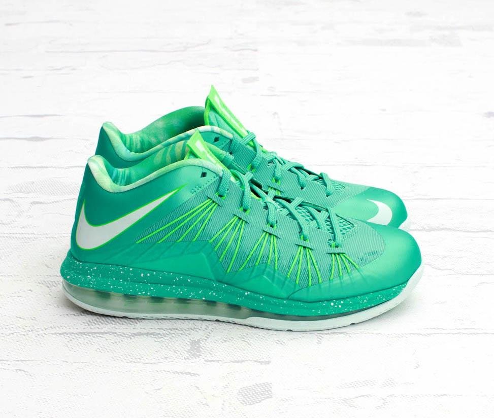 a02172e3d04a Nike Air Max LeBron X Low