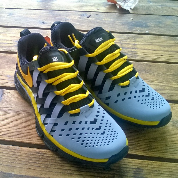 Nike iD Free Trainer 5.0 Batman