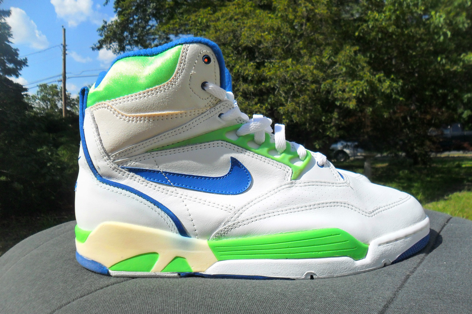 Check out this week's selection of rare sneaker finds from eBay.