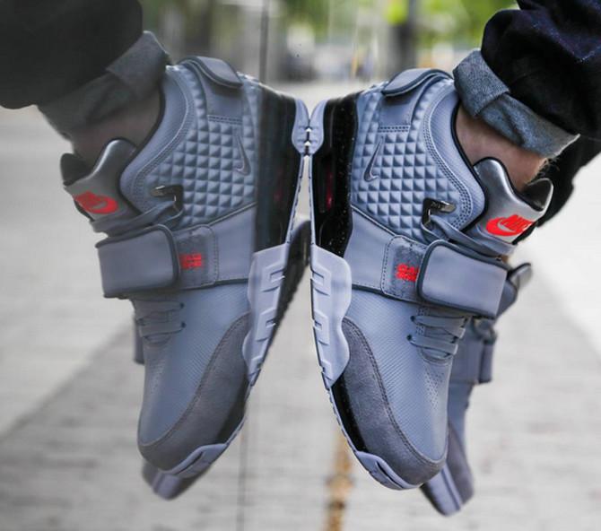 cfb5d18dae8 Foot Locker Just Leaked Victor Cruz s Signature Shoe