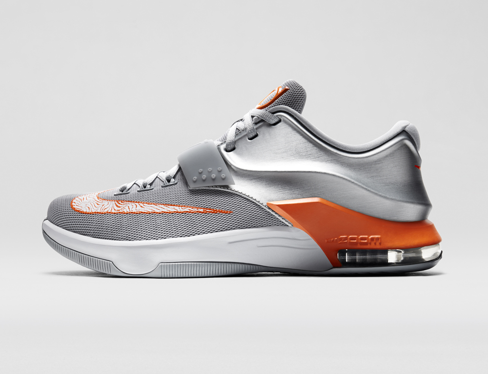 wholesale dealer 03cd4 97f08 The Nike KD 7 in Texas Longhorns Colors | Sole Collector