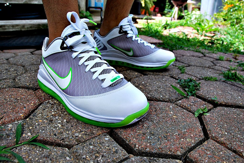 buy popular 39b96 3f503 Nike Air Max LeBron VII Low. The mid-top may have strayed from the standard  green and grey Dunkman look, but the low-top edition of the seven returned  to ...