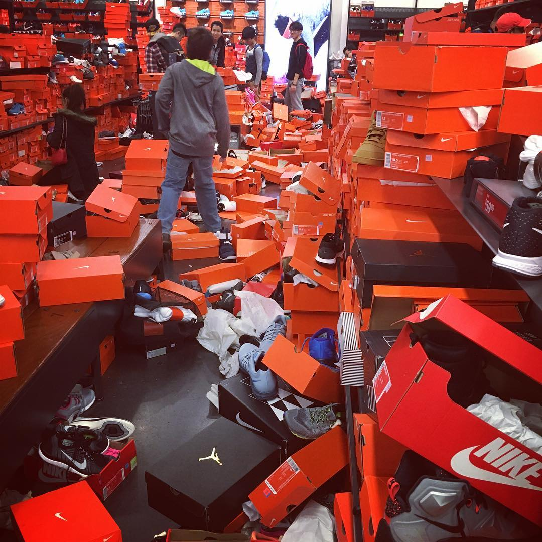 834d1b35c0661 Shoppers Trashed a Nike Outlet on Black Friday