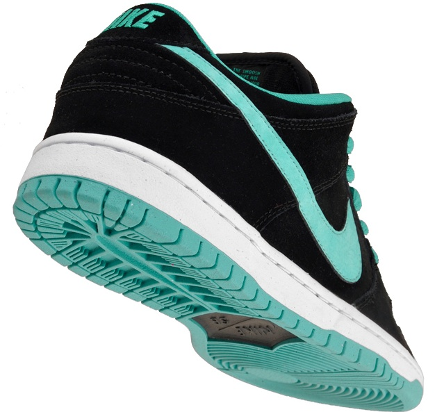 Nike Dunk Low Pro SB - Black Clear Jade-White  4e73688927
