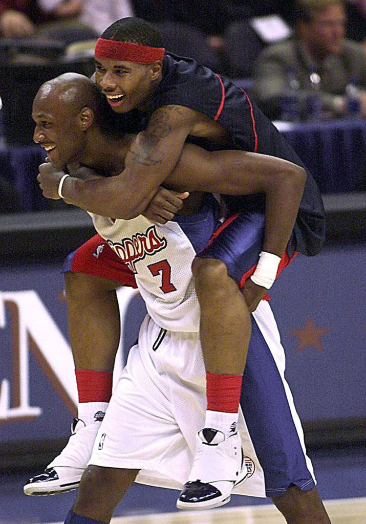Quentin Richardson wearing Air Jordan XVI 16 Los Angeles Clippers Home PE
