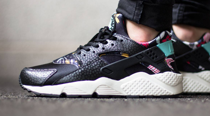 Nike Says  Aloha  to Air Huaraches  c92fe052089e
