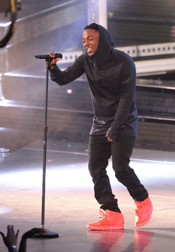 Kendrick Lamar Wears 'Red October' Nike Air Yeezy 2 (2)