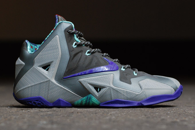 Nike LeBron 11 Terracotta Warrior colorway profile