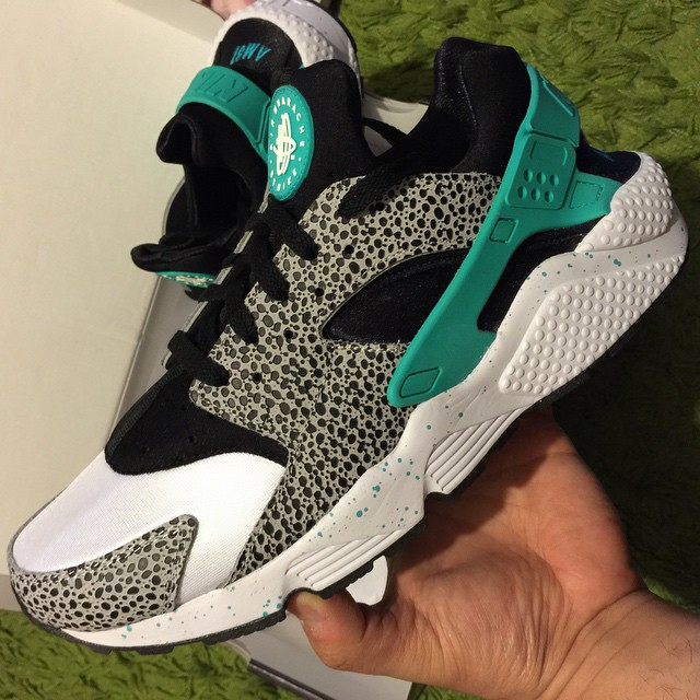 outlet store 1b7f4 3527a Best NIKEiD Air Huarache Run Designs on Instagram (4)