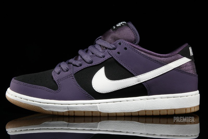 buy popular 34ff9 6b58a get purple black mens nike sb dunk low shoes 04dd1 227ec