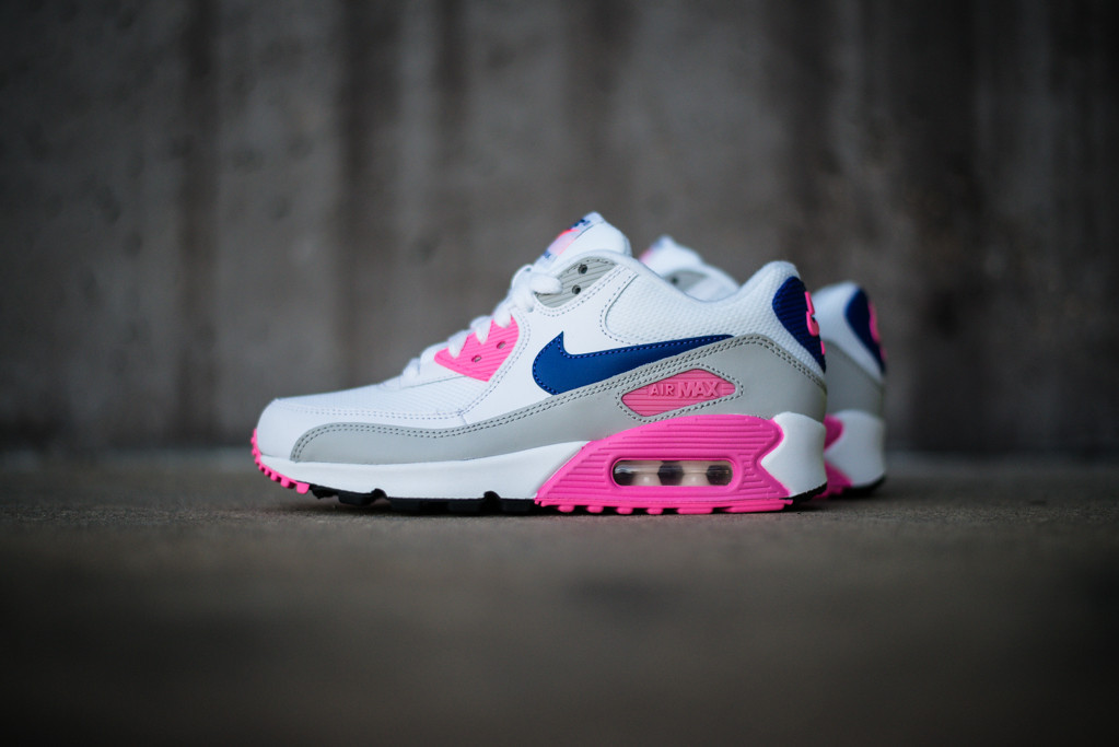 Nike Air Max 90 White Girl