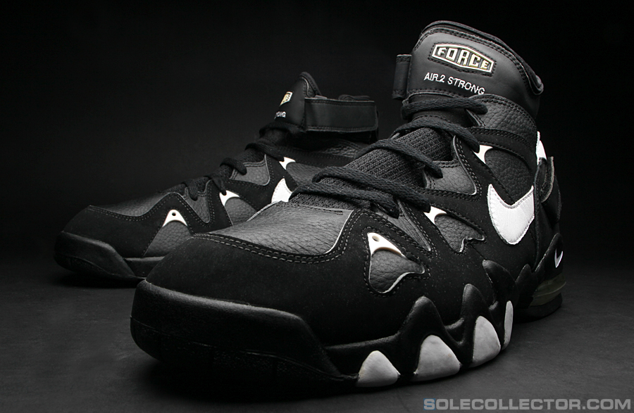 plus récent 081ae 17000 PE Spotlight // David Robinson's Nike Air 2 Strong | Sole ...
