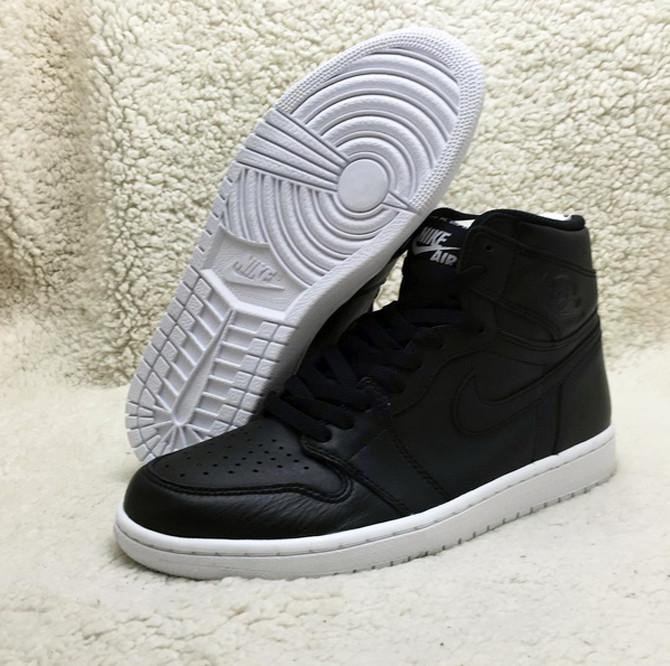 Black Leather 'Nike Air' Jordan 1