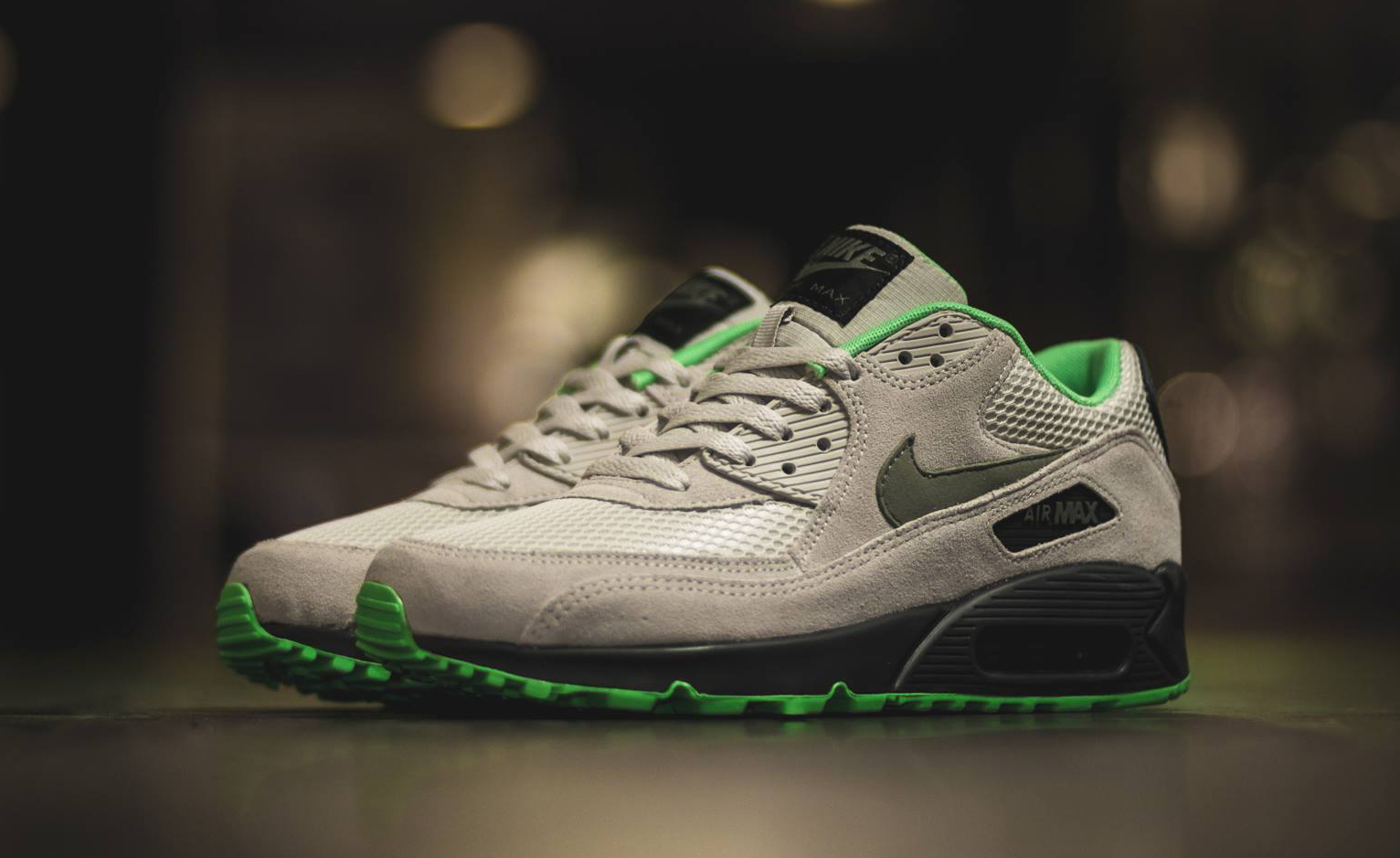 nike air max 90 essential light bone