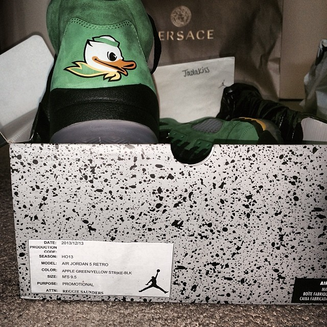 Jadakiss Picks Up Air Jordan 5 Retro Oregon Ducks