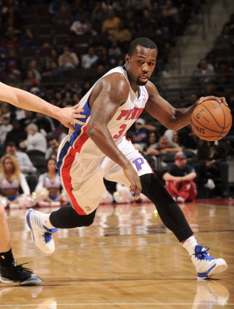 Rodney Stuckey wearing adidas Crazy Shadow White Blue