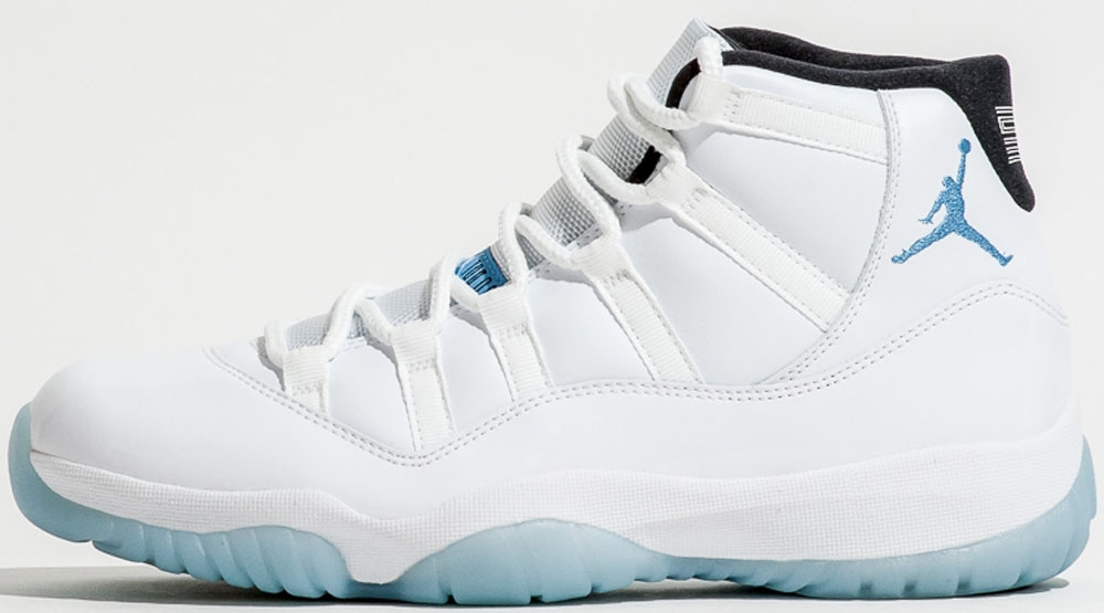 the latest f0fbb d5c9c Air Jordan 11 Blue And White