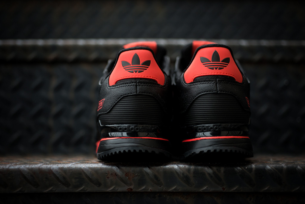 adidas zx 750 black red