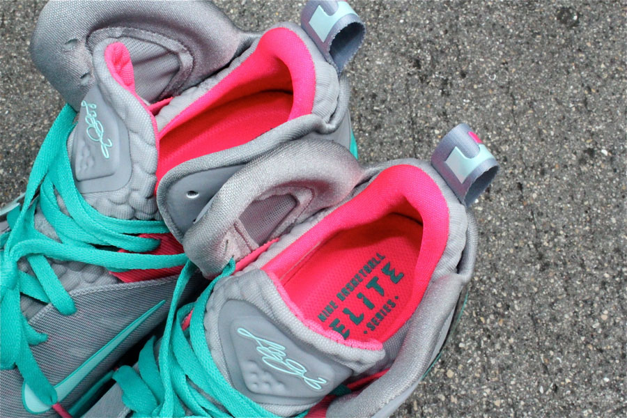 sports shoes e922f 20bbe Cheap price Nike Lebron 9 Low Miami Vice Elite