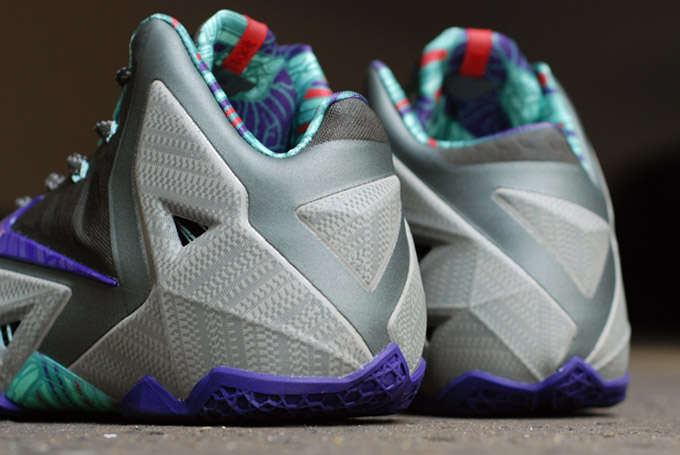 Nike LeBron 11 Terracotta Warrior colorway heel
