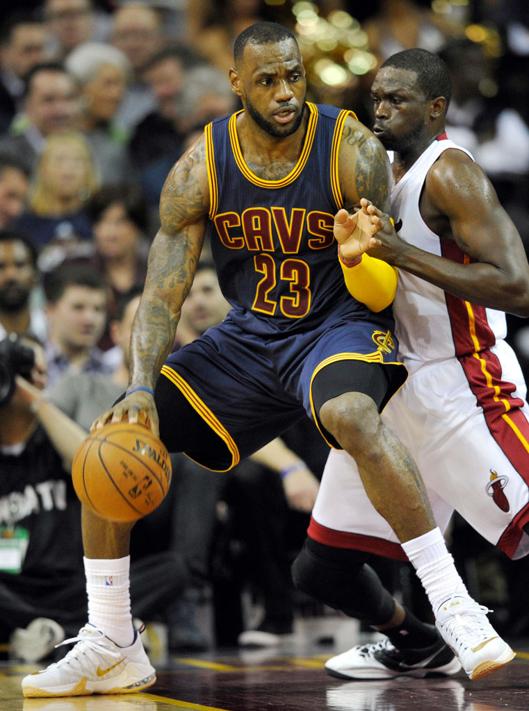 ... LeBron James wearing the USA Nike LeBron XII 12 Low ... 2fdeb6beb9ee