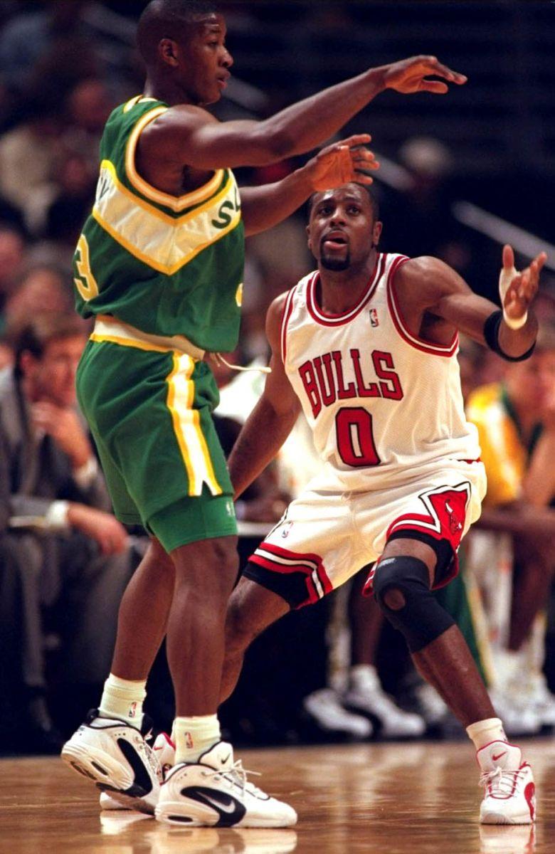 Jim Brown Basketball >> Flashback // The Nike Air Wayup | Sole Collector