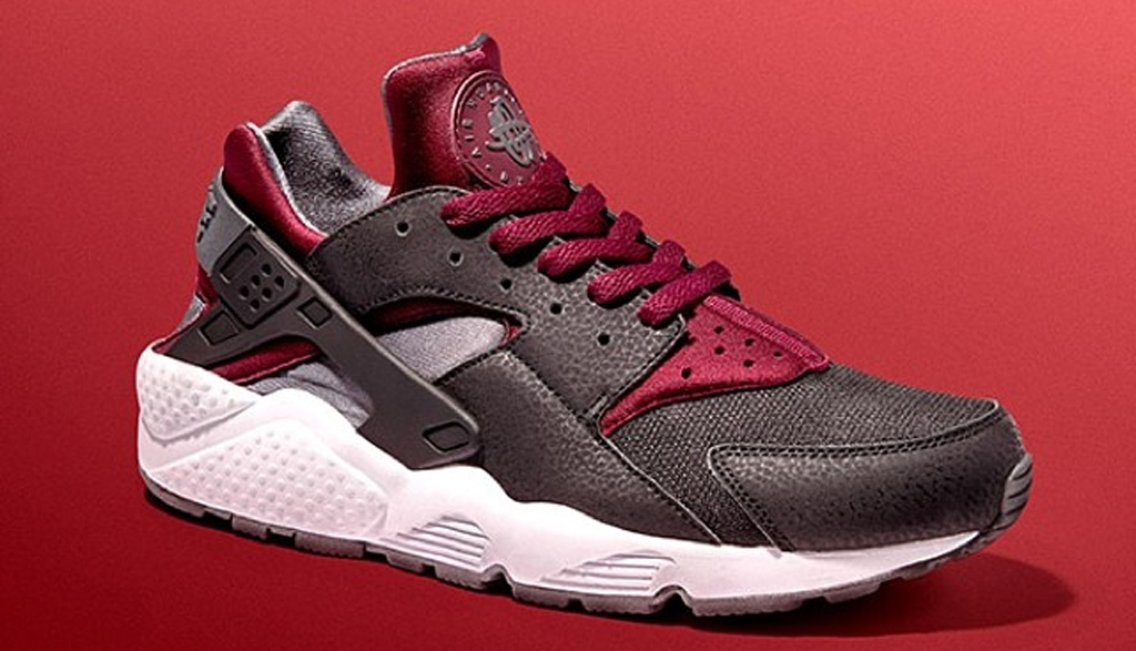 black and red huaraches