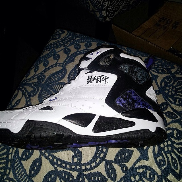 Cam'ron Picks Up Reebok Blacktop Battleground II