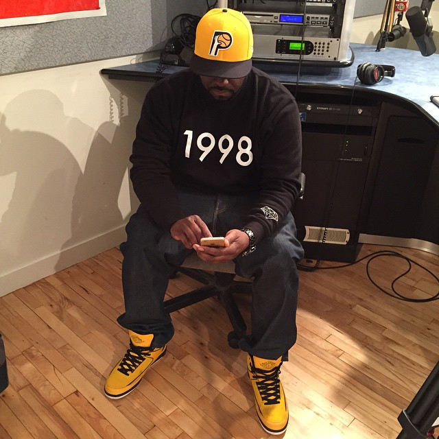 DJ Funk Flex wearing Air Jordan II 2 Candy Pack Yellow