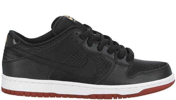 Nike Dunk Low Premium SB Black/Black-University Red