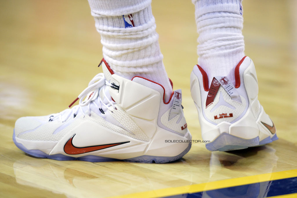 LeBron James wearing Nike LeBron XII 12 White/Red PE on November 22, 2014
