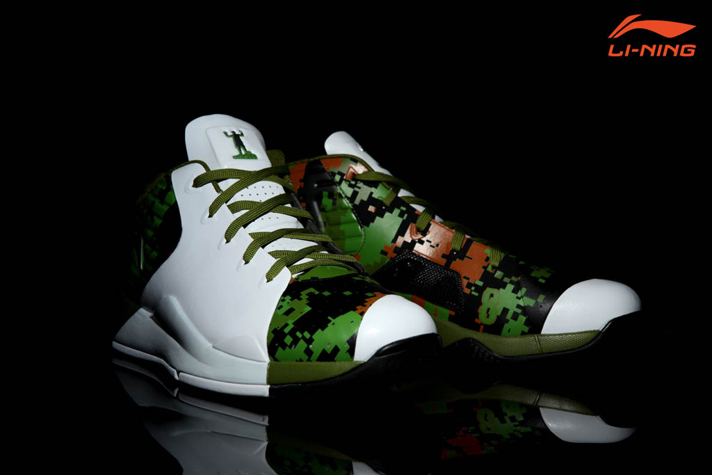 Li-Ning Yu Shuai VII - Jose Calderon Canadian Forces Player Exclusive (6)