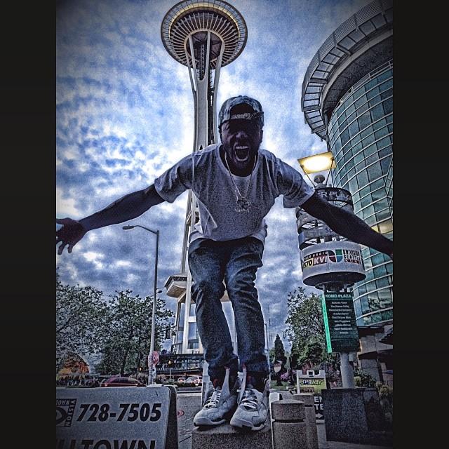 7104761a4c91 Nate Robinson wearing Air Jordan VIII 8 Bugs