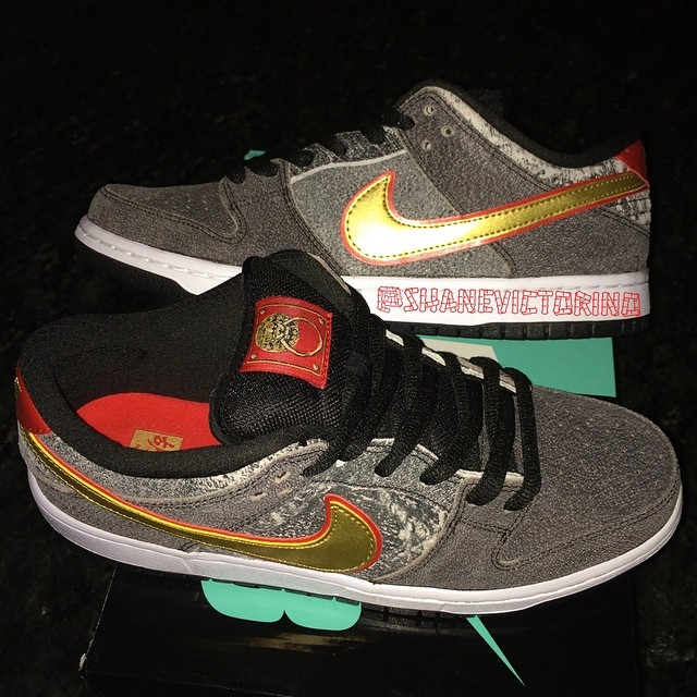 Shane Victorino Picks Up Nike Dunk Low SB Beijing