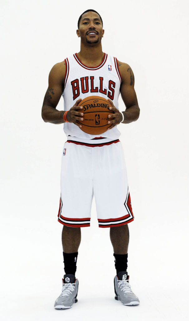 Derrick Rose wearing adidas D Rose 4 Home