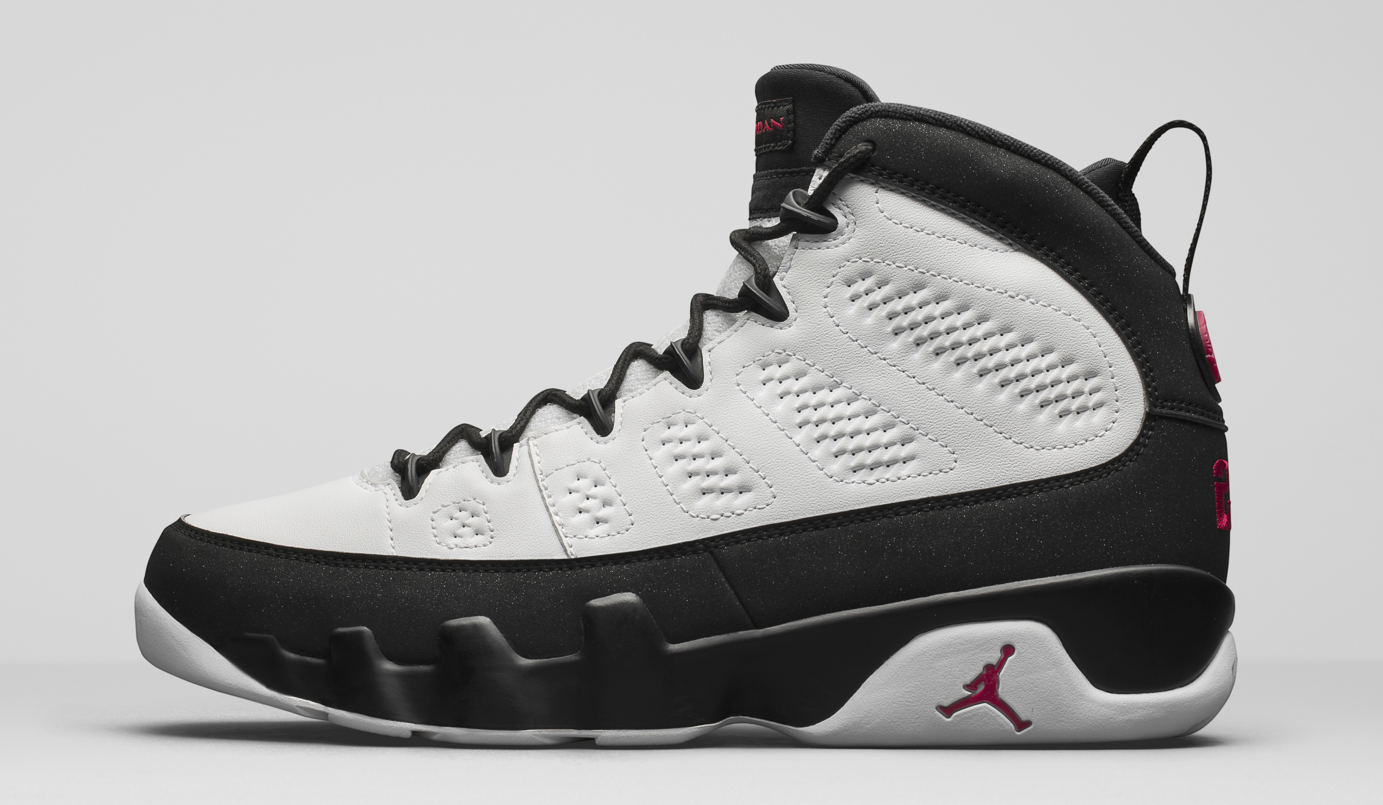 separation shoes d3715 df8a9 Space Jam Air Jordan 9 302370-112 Profile