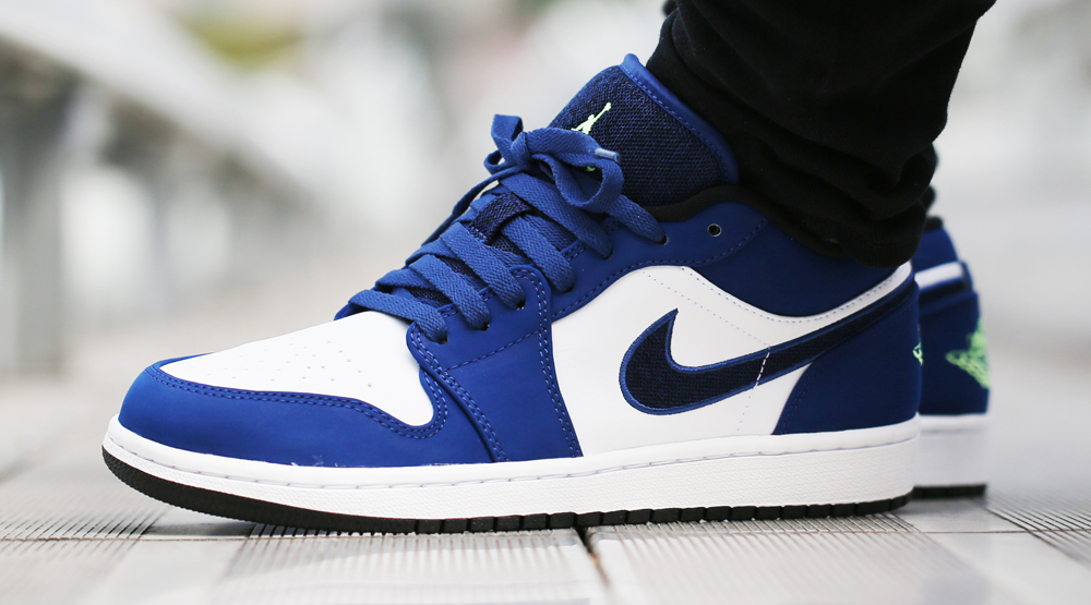 nike air jordan. 1 low blue and white