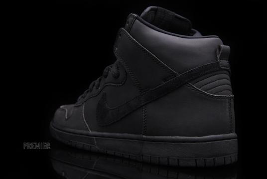 new styles 71d35 5f798 ... Nike Dunk High Premium SB Waterproof Black Black ...