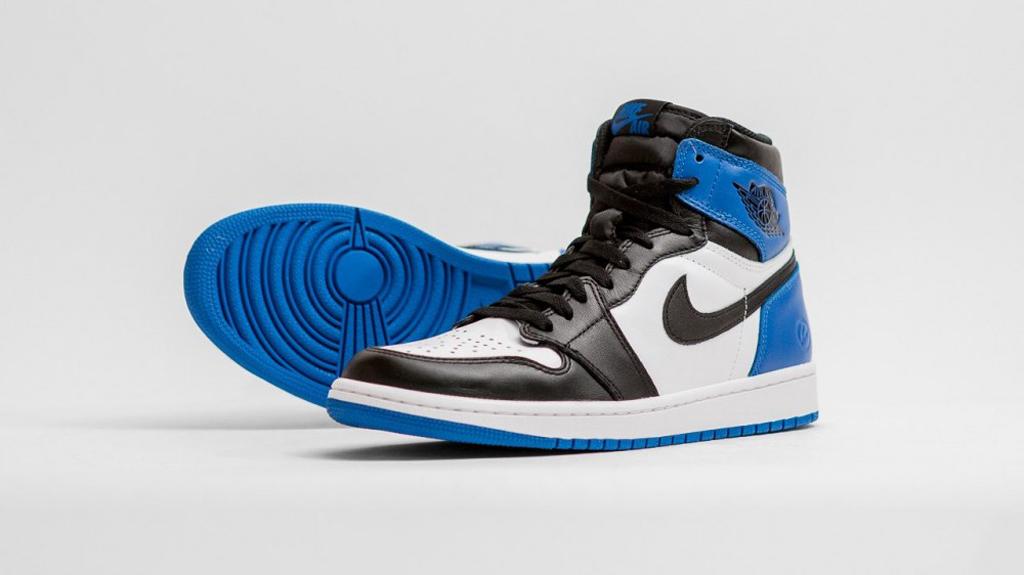 sports shoes 0b93b 4a6e0 Release Date  fragment design x Air Jordan 1 Retro High OG   Sole Collector