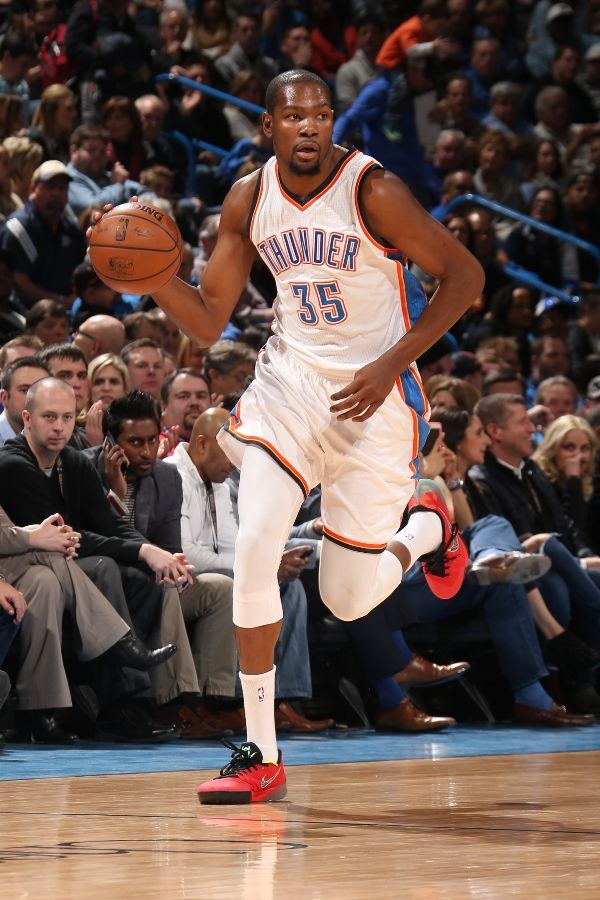 purchase cheap fcbe8 5add3 SoleWatch: Kevin Durant Finally Wore the Nike KD 7 (For One ...