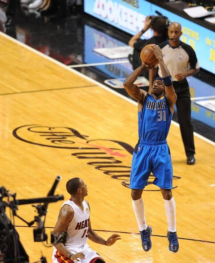 ... Jason Terry Auctioning Off NBA Finals Game 6 Reebok Zig Slash PE ... 6ab695991