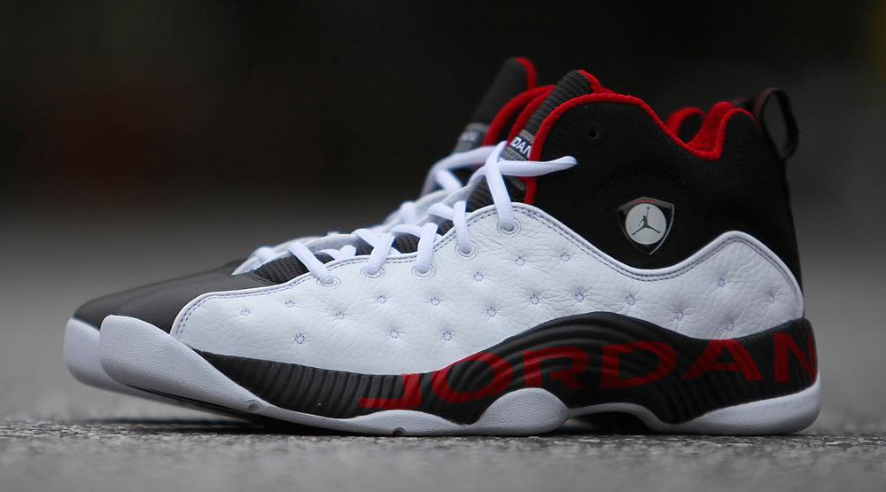 jordans-13-red-and-white